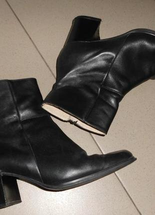 Ботинки на толстом каблуке кожа
