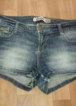 Короткие джинсовые шорты stradivarius
