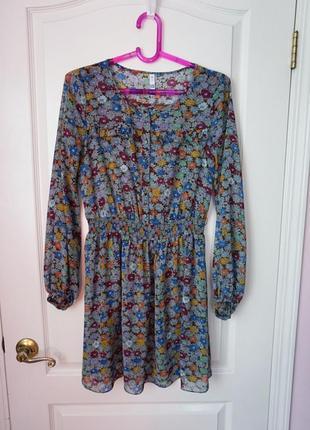 Романтичное платье в цветочки