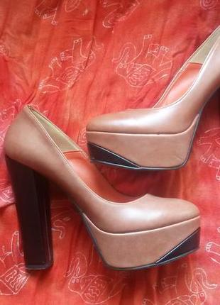 Итальянские стильные туфли