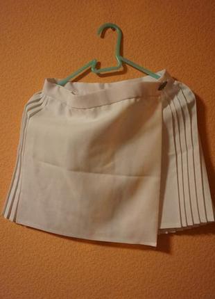 Белая теннисная юбка с запахом мечта