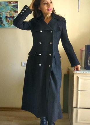 Очень крутое и шикарное пальто-шинель!!!!!!
