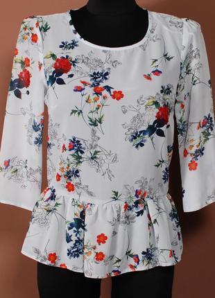 Нежная блуза с имитацией баски и цветочным принтом     bl38017    atm