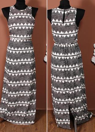 Легкое платье в пол с акцентом на талии и стильным геометрическим принтом    dr38024    h&m