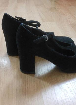 Замшевые итальянские ручной работы черные стильные туфли joop