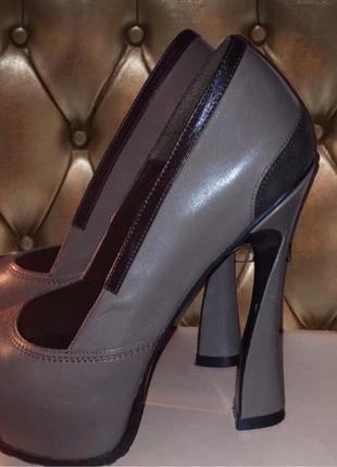 Продам туфли vichino