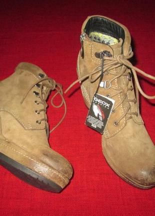 Geox respira оригинал новые кожаные (замшевые) ботинки  р.40
