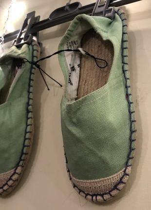 Летняя обувь - эспадрильи трендового неоново-салатового цвета h&m