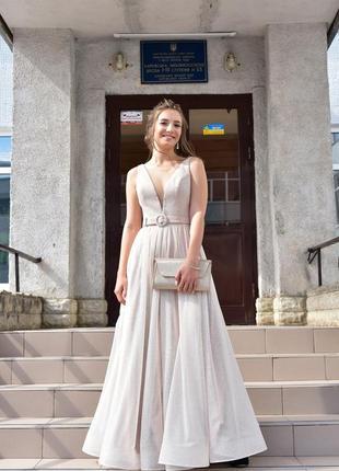 Идеальное выпускное платье тренд 2020 года