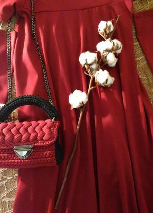 Стильная сумочка - кроссбоди цвета марсала.
