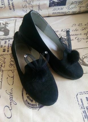 Красивые туфельки для девочек в школу