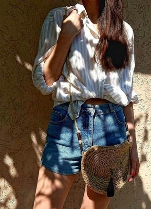 Плетеная круглая сумка кроссбоди