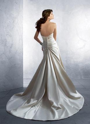 Платье со шлейфом вечернее/выпускное/свадебное