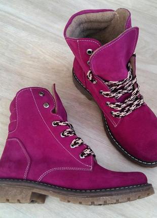 Осень(зима) натуральный замш италия люксовые ботинки цвета фуксии на шнуровке