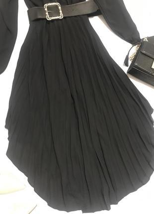Чёрное шифоновое платье плиссе миди4 фото