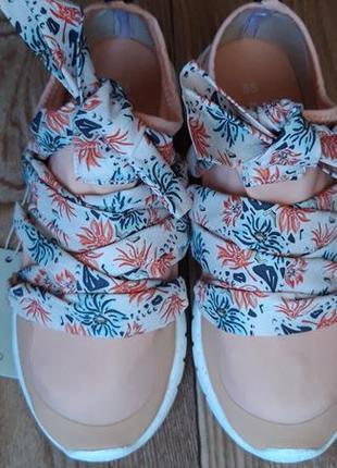 Кльовые кроссовки
