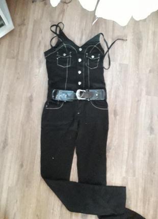 Брючный джинсовый комбинезон ,фирмы uno