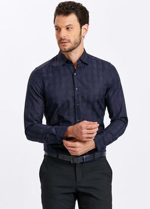 Темно-синяя мужская рубашка lc waikiki / лс вайкики в атласную клетку