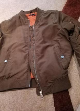 Куртка бомбер stradivarius