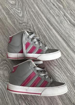 Кроссовки addidas девочке 28 размер