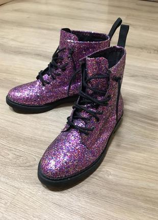 Ботинки на шнуровке topsop