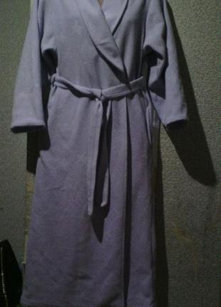 Классный тепленький халат,подойдёт даже беременным.