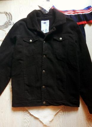 Черная зимняя длинная куртка джинсовая с овчиной мехом внутри шерпа батал большой размер