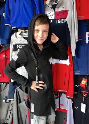 Мантии для мальчика с капюшоном.турция. осень 2019