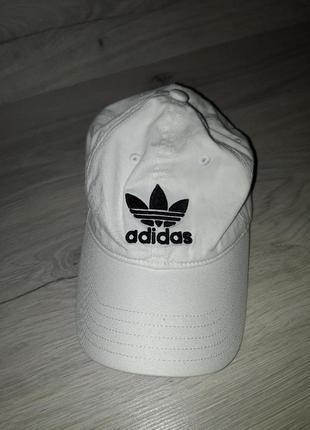 Кепка adidas унисекс