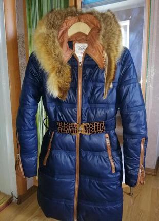 Зимний пуховик с натуральным мехом енота!