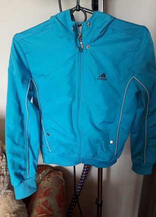 Спортивная куртка фірми adidas