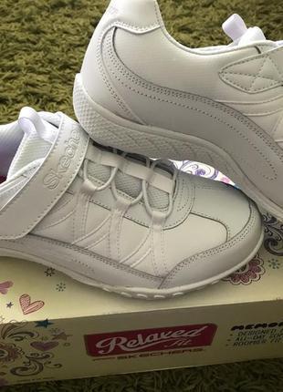 Новые белые кожаные кроссовки, сникерсы оригинал skechers sneaker