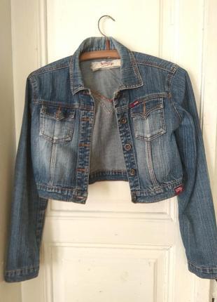 Джинсовая куртка,укороченая джинсовка