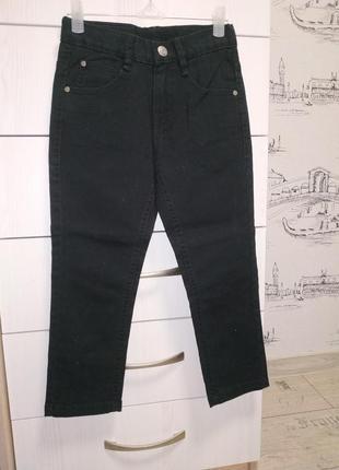 Новые черные джинсы с италии 5л