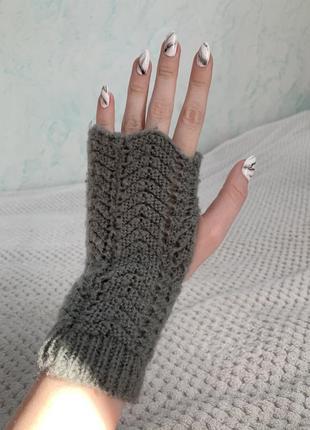 Рукавички з відкритими пальчиками