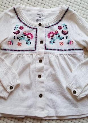 Дуже гарна блузка carter's (вишиванка) на вік 3-4 роки.