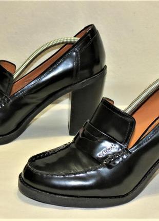 Туфли лоферы geox respira на каблуке кожа размер 40