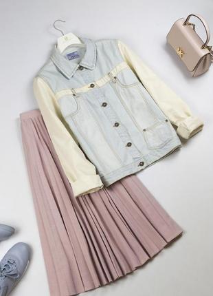 Трендовая джинсовая куртка оверсайз винтажный стиль джинсовка бойфренд  xs s m