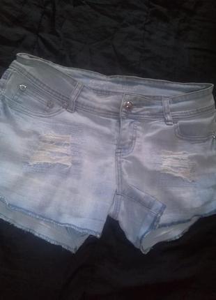Джинсовые шорты parisian collection по модному порванные  джинс звёзды из страз