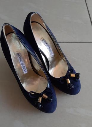 Итальянские туфли на каблуке 39р