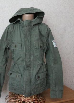 Pocopiano- натур. легкая куртка с капюшоном, ветровка, парка в идеале 11-12 лет