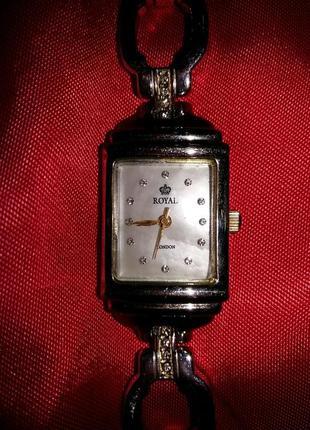 Часы royal london