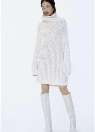 Объёмный свитер-платье zara