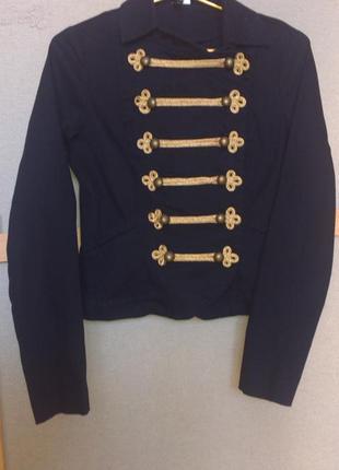 Крутой пиджак от divided
