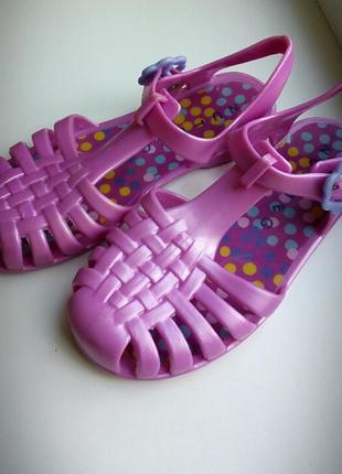 Босоножки мыльницы сандалии