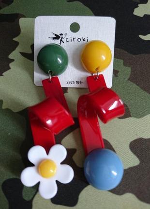 Стильные серьги, оригинальные пластиковые женские сережки3 фото