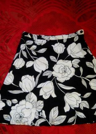 Расклешенная юбка из льна, черно- белая юбка