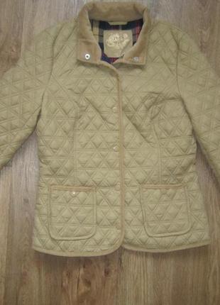 Очень  красивая стёгана куртка