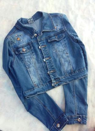 Очень красивая, стильная укороченная джинсовка