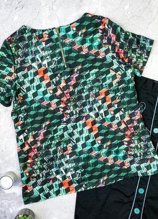 Яркая футболка из неопролена2 фото